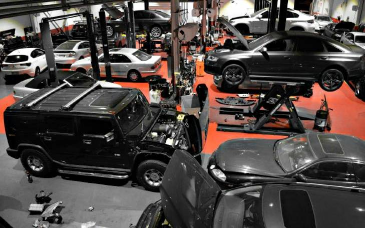 dta-black-car